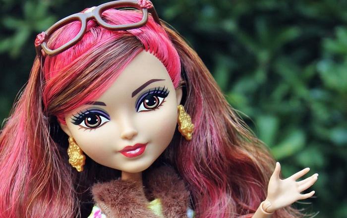 Базовая кукла Розабалла Бьюти.