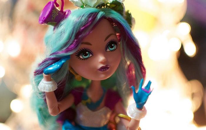 Фото базовой куклы Меделин Хеттер.