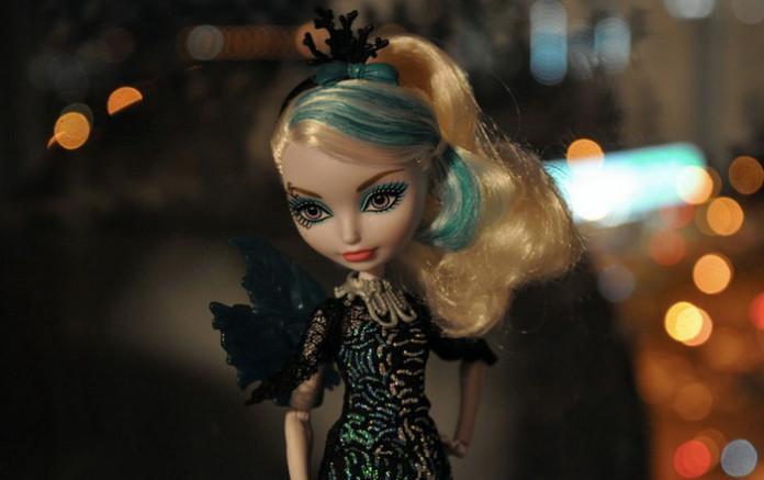 Базовая кукла Faybelle Thorn.