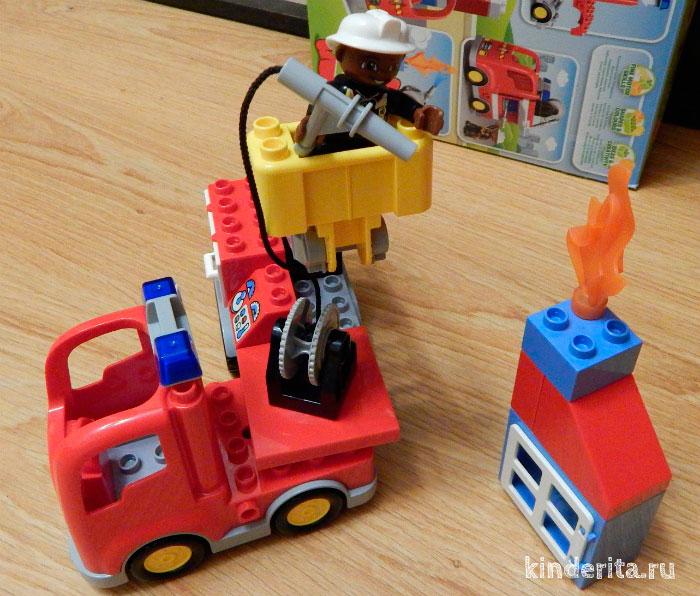 LEGO Duplo Пожарная машина.